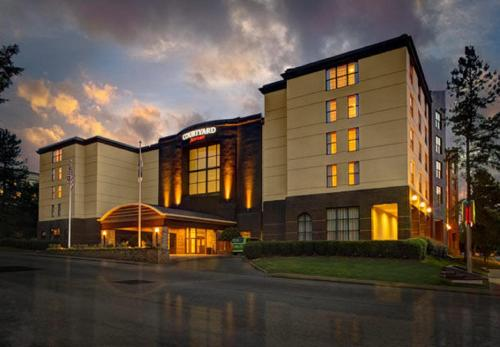 Courtyard By Marriott Atlanta Decatur Downtown/emory - Decatur, GA 30030