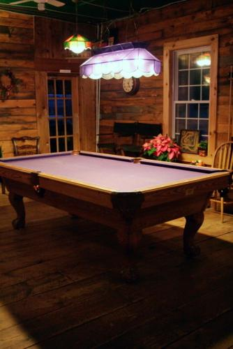 Portage Inn Bed & Breakfast - Huntsville, ON P1H 2J6