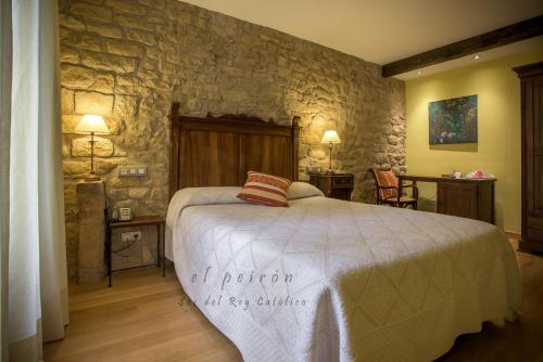 Single Room El Peiron 9