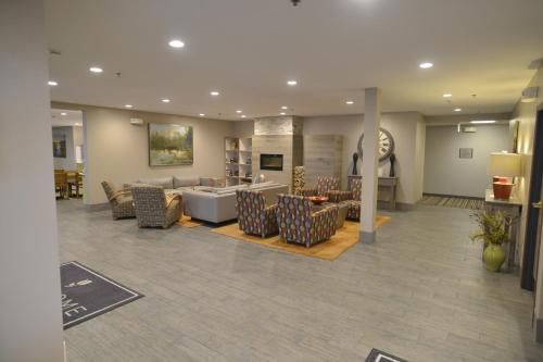 Country Inn & Suites by Radisson, Duluth North, MN Photo