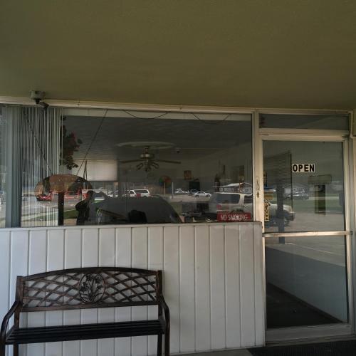 Gray Plaza Motel Marion Il - Marion, IL 62959