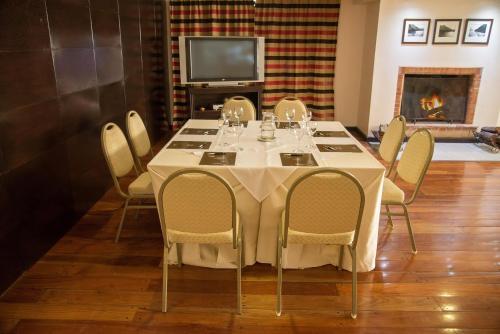 Kenton Palace Bariloche Photo