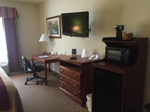 Comfort Inn & Suites Rogersville Photo