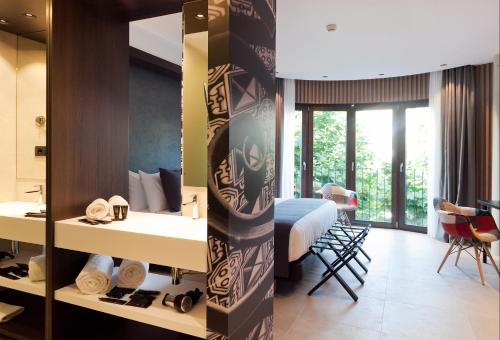 Superior Double Room Vila Arenys Hotel 8