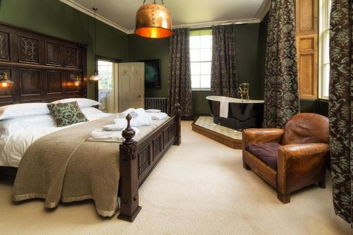 Farleigh Road, Backwell, Somerset, BS48 3PL, England.