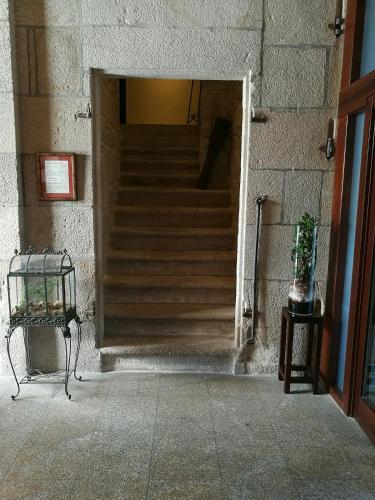 Budget Single Room Hotel Pazo de Lestrove by Pousadas de Compostela 4