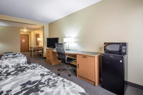 Sleep Inn & Suites Sheboygan Photo