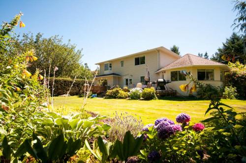 Brant Bed And Breakfast - Parksville, BC V9P1T3