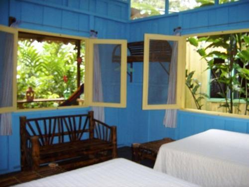 Playa Chiquita Lodge Photo