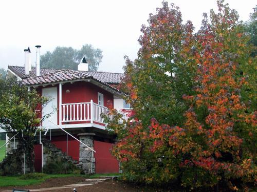 La Pereda s/n, 33509 Llanes, Asturias, Spain.