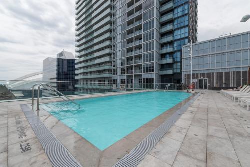 Grand Royal Condos - Cn Tower - Toronto, ON M5V 0E9