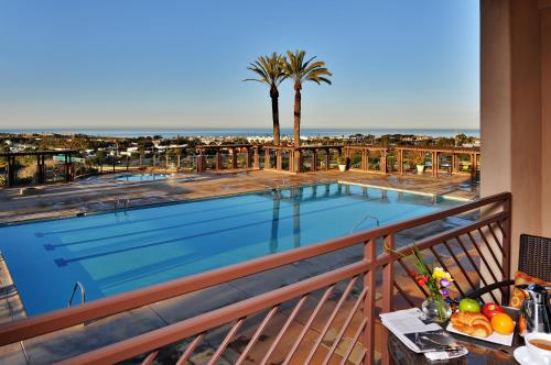 Grand Pacific Palisades Resort & Hotel Photo