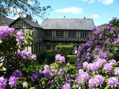 Llangammarch Wells, Powys, LD4 4BS, England.
