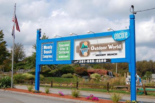 Moody Beach Camping Resort 38 Ft. Park Model 9 - Wells, ME 04090