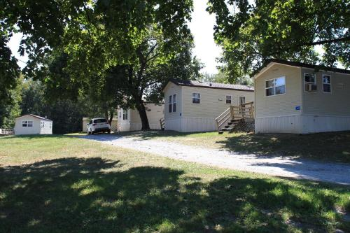 Circle M Camping Resort Wheelchair Accessible Park Model 24
