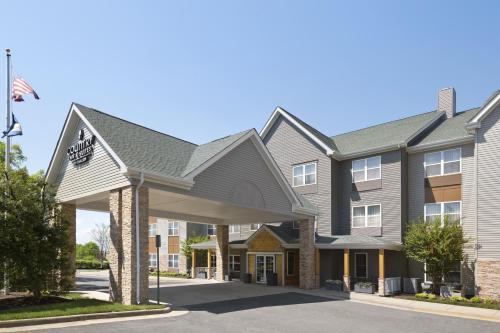 Country Inn & Suites by Radisson, Washington Dulles International Airport, VA Photo