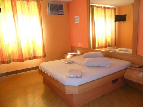 Jumbo Hotel (Adults Only) Photo