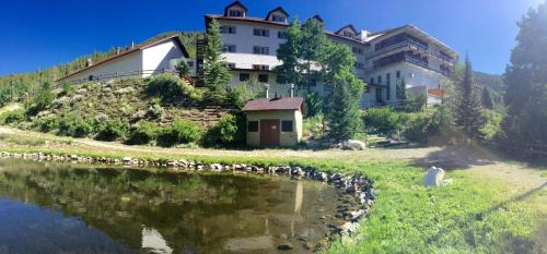 Monarch Mountain Lodge - Salida, CO 81227