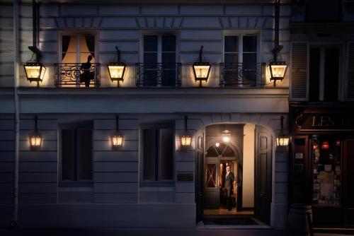 19, rue de Caumartin, 75009 Paris, France.