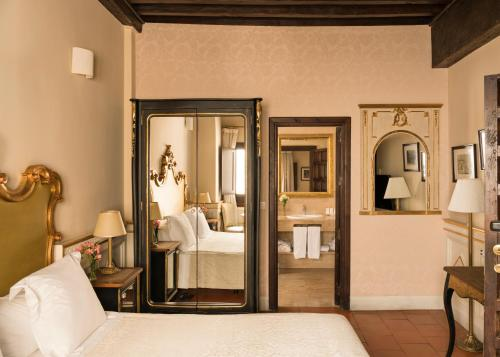 Habitación Superior Hotel Casa 1800 Granada 16