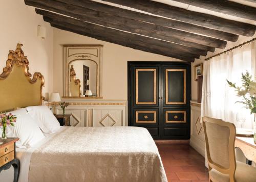 Habitación Superior Hotel Casa 1800 Granada 12