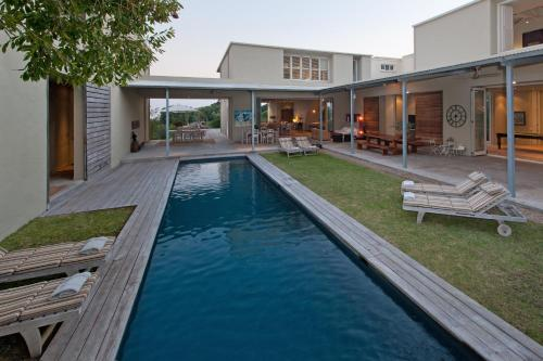 253a, Tenth street, Hermanus 7200, South Africa.