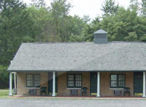 Holly Motel Southampton - Vincentown, NJ 08088