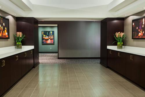 DoubleTree Suites by Hilton NYC - Times Square photo 27