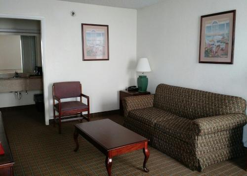 Econo Lodge Thomasville Photo