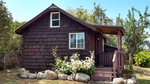 Jones Cabin - Friday Harbor, WA 98250
