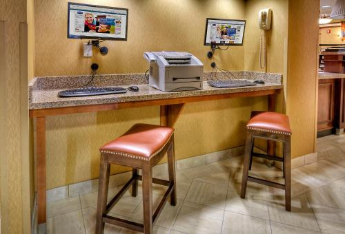 Hampton Inn Pittsburgh/west Mifflin - Pittsburgh, PA 15236