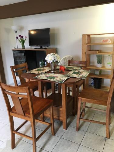 Double Suite - Kailua Kona, HI 96740