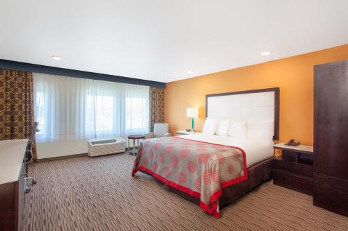 Ramada Culver City Photo