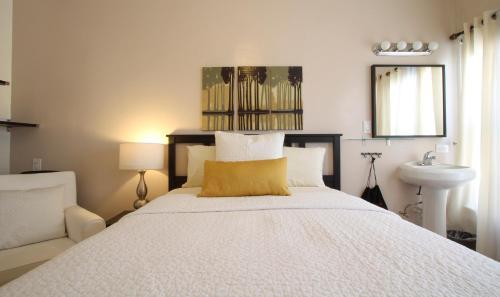 Hotel Royal Photo