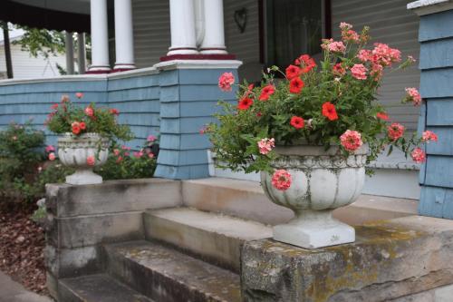 Rose Heart Inn