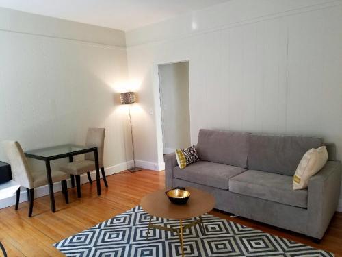 14 Gloucester Street by Lyon Apartments Photo
