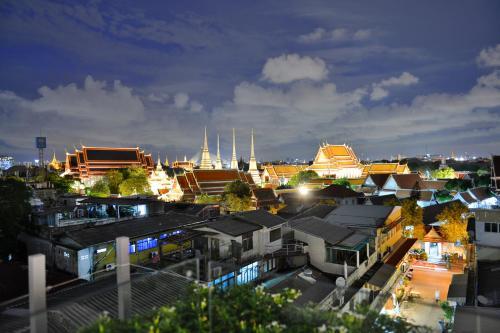 392/25-26 Maharaj Road, Phraborom Maharajawang, Phra Nakhon, Bangkok 10200, Thailand.