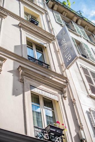Art Hôtel Batignolles photo 21