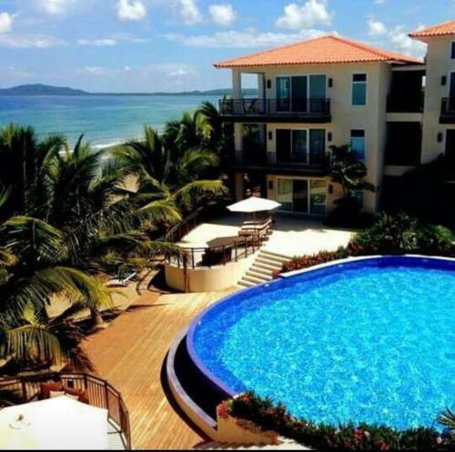 Playa Escondida Beach Club In Tela Honduras Reviews Prices Planet Of Hotels