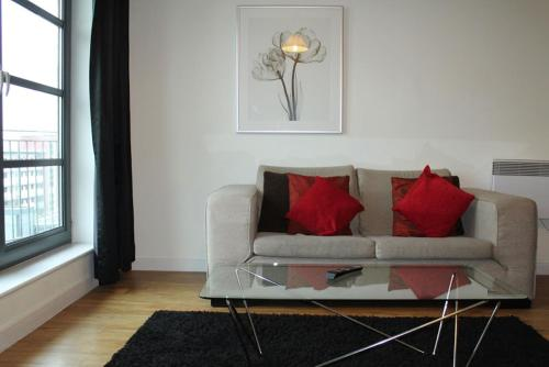 Picture of House Of MoLi - Commercial Road Apartments