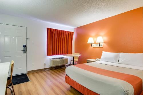 Motel 6 Tacoma - Fife - Fife, WA 98424