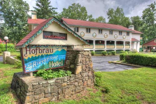 Hofbrau Riverfront Hotel - Helen, GA 30545