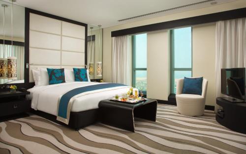 Sofitel Abu Dhabi Corniche photo 27