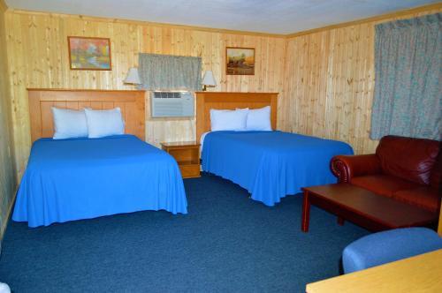 Green Acre Motel - La Crosse, KS 67548