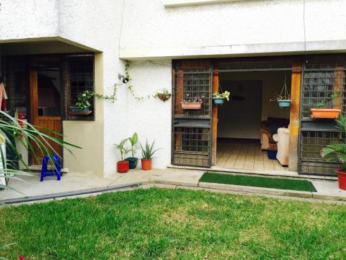Apartment Private Garden, San José. Reservations online