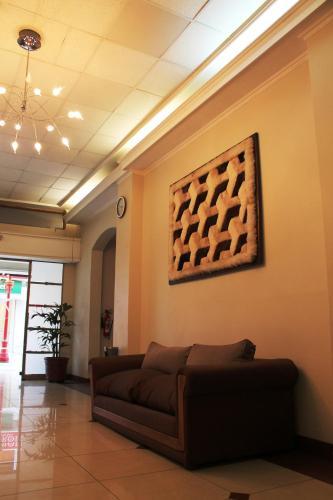 Hotel Gavina Express Photo
