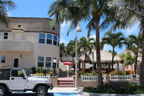 Caribbean Resort By The Ocean - Hollywood, FL 33019