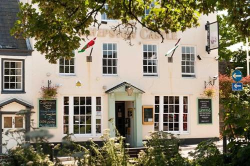 Chepstow Castle Inn