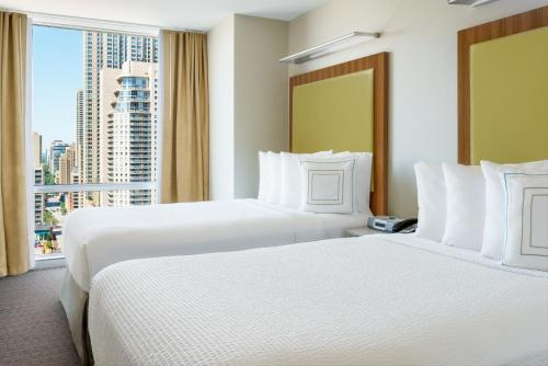 SpringHill Suites Chicago Downtown/River North photo 25