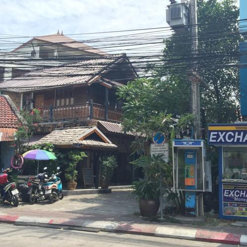 Baan Thai Homestay By Bgb Villas